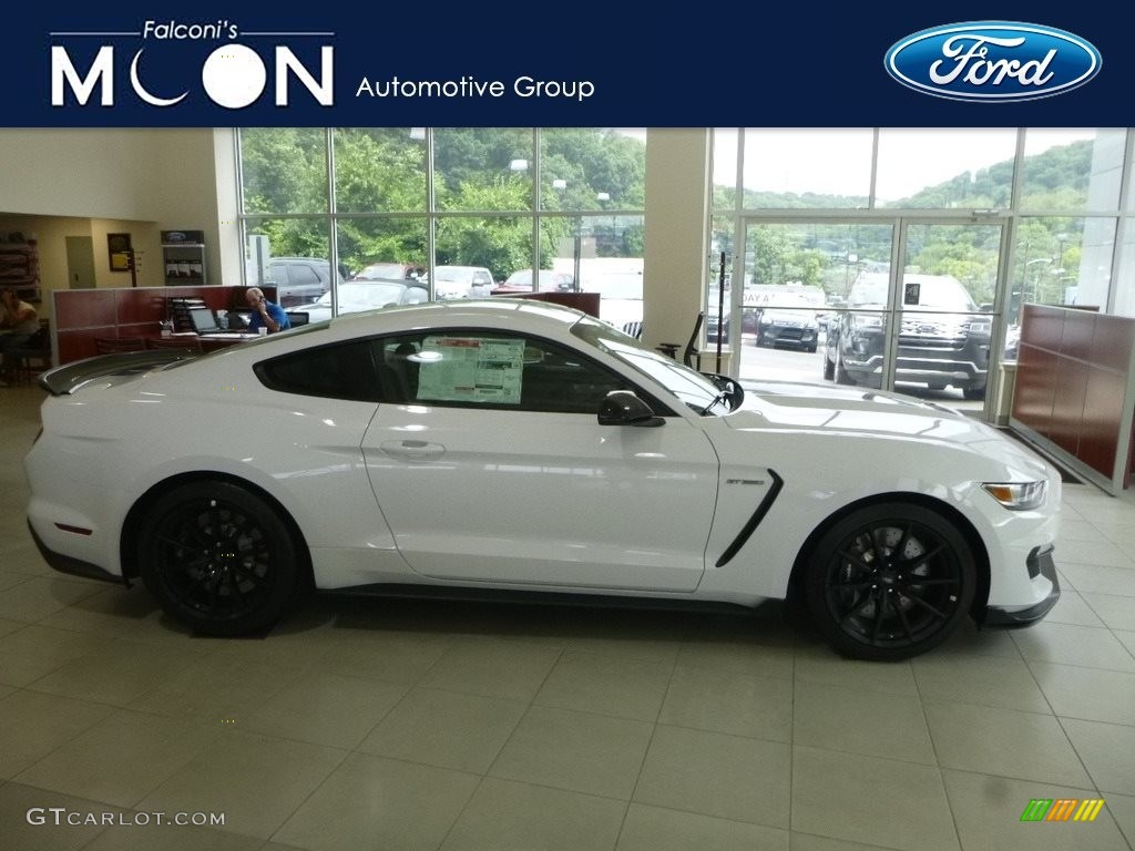 2018 Mustang Shelby GT350 - Oxford White / Ebony photo #1