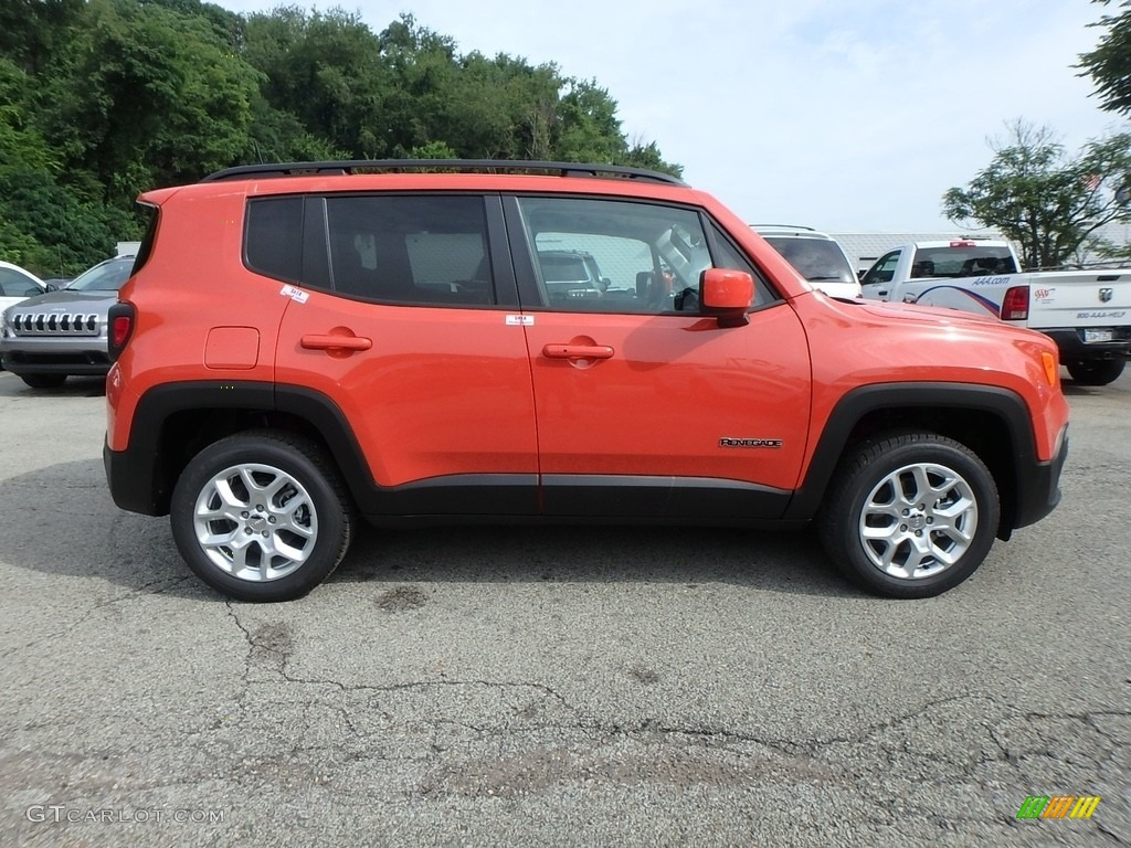 2018 Renegade Latitude 4x4 - Omaha Orange / Black photo #6
