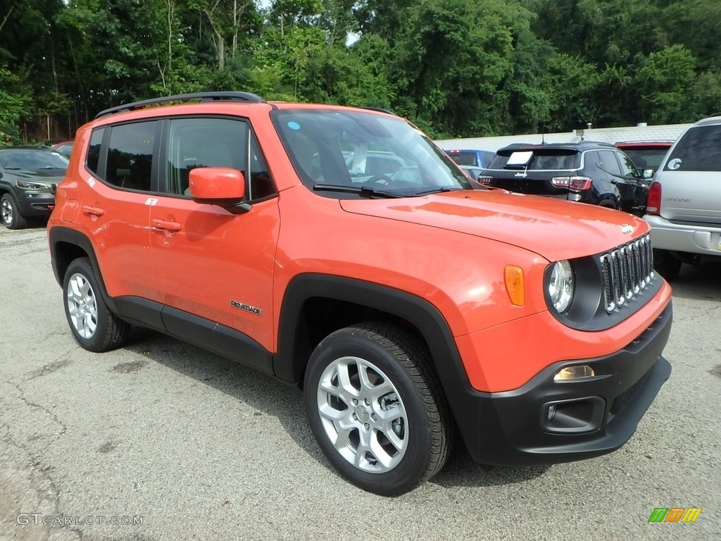 2018 Renegade Latitude 4x4 - Omaha Orange / Black photo #7