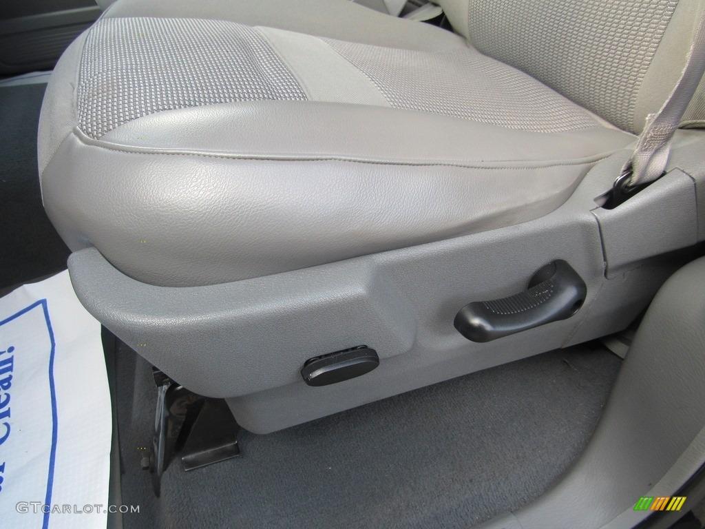 2008 Ram 1500 SLT Quad Cab - Brilliant Black Crystal Pearl / Medium Slate Gray photo #15