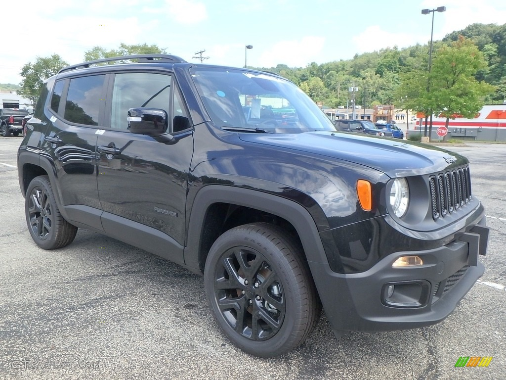 2018 Renegade Latitude 4x4 - Black / Black photo #7