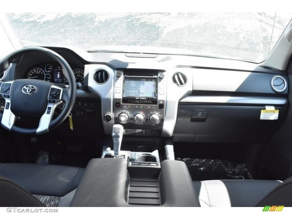 2019 Tundra SR5 CrewMax 4x4 - Magnetic Gray Metallic / Black photo #8