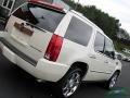 White Diamond Tricoat - Escalade Premium AWD Photo No. 34