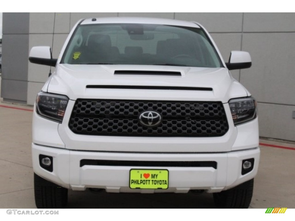 2019 Tundra SR5 CrewMax 4x4 - Super White / Graphite photo #2
