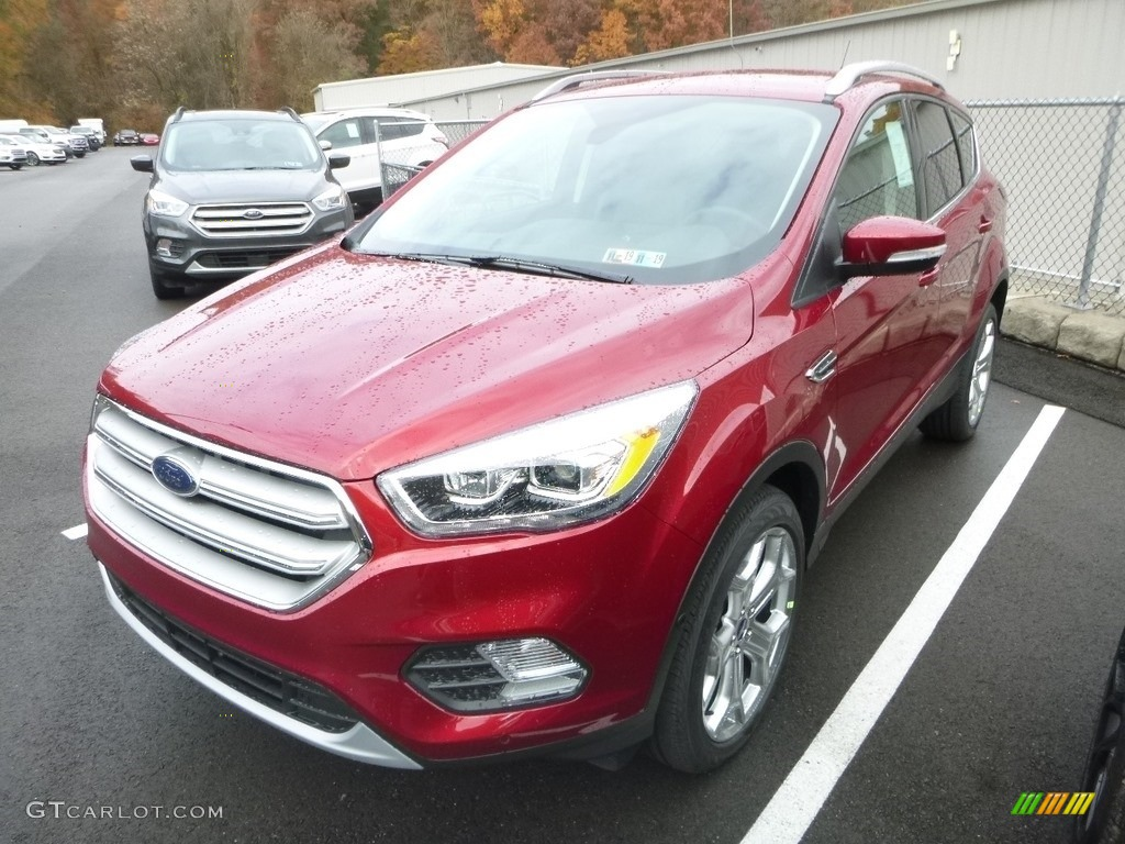 2019 Escape Titanium 4WD - Ruby Red / Chromite Gray/Charcoal Black photo #6