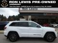 Bright White 2017 Jeep Grand Cherokee Trailhawk 4x4