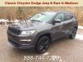 Granite Crystal Metallic 2019 Jeep Compass Latitude 4x4