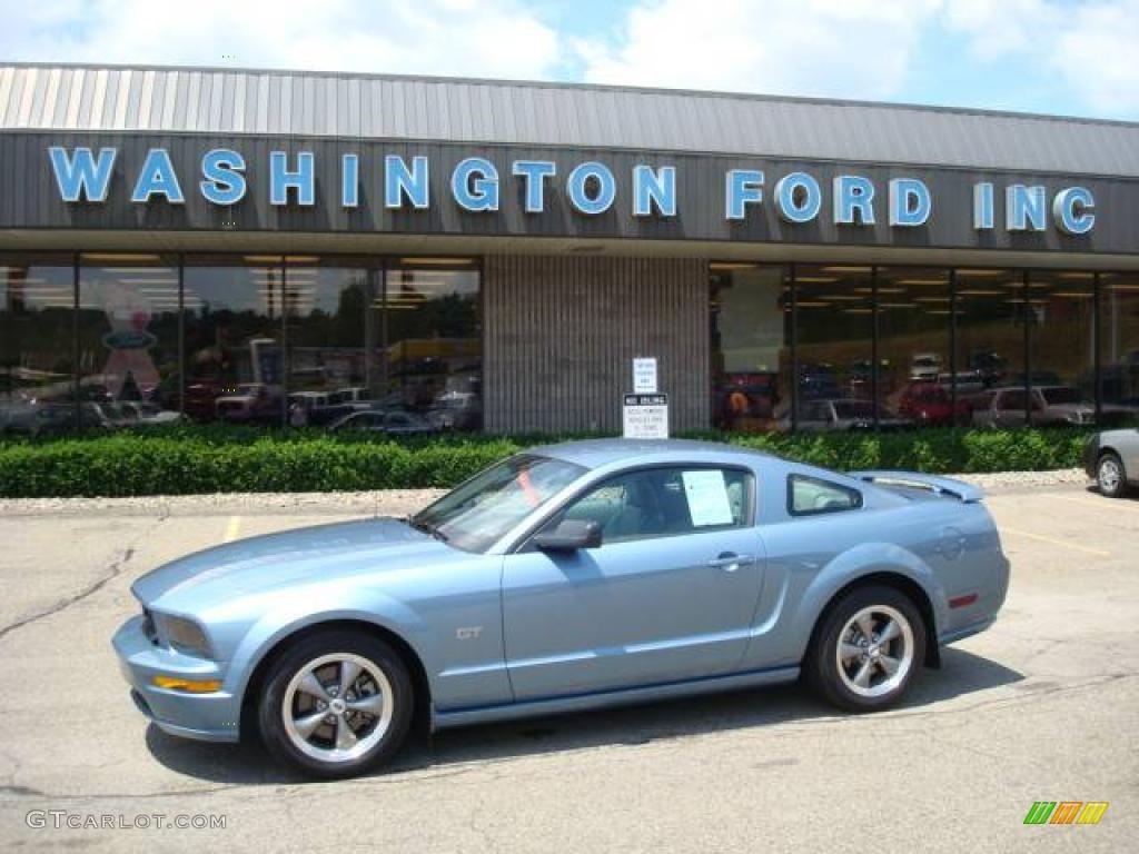 Windveil Blue Metallic Ford Mustang