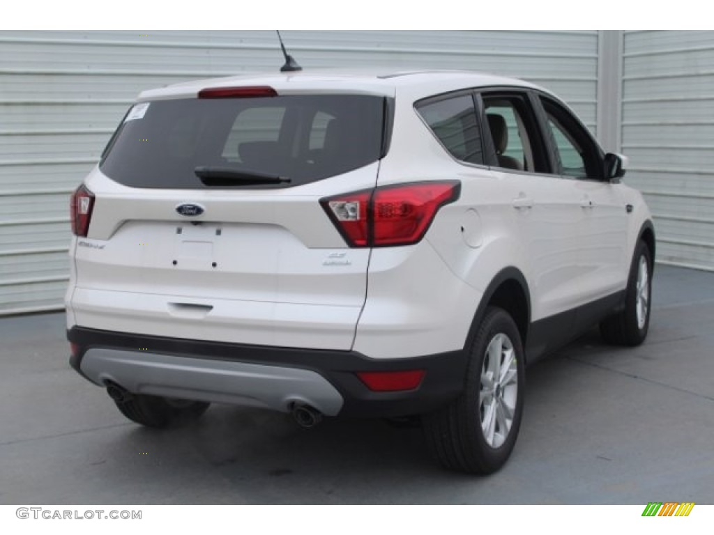 2019 Escape SE - White Platinum / Medium Light Stone photo #8
