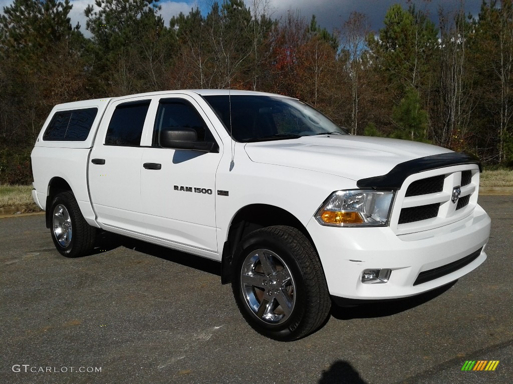 2012 Ram 1500 Express Crew Cab 4x4 - Bright White / Dark Slate Gray/Medium Graystone photo #4