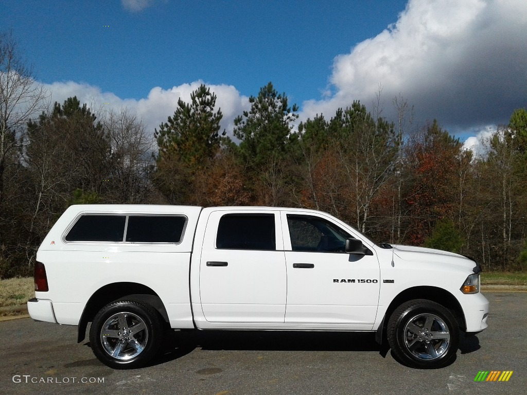 2012 Ram 1500 Express Crew Cab 4x4 - Bright White / Dark Slate Gray/Medium Graystone photo #5