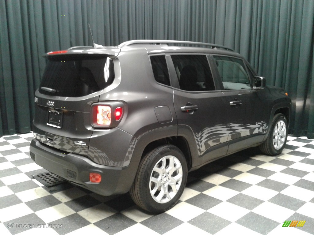 2018 Renegade Latitude - Granite Crystal Metallic / Black photo #6