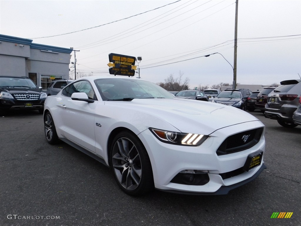 2016 Mustang GT Premium Coupe - Oxford White / Red Line photo #4