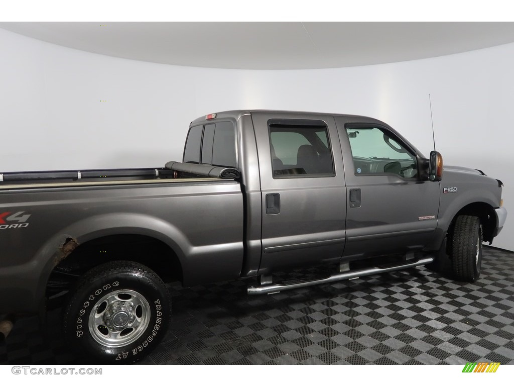 2003 F250 Super Duty Lariat Crew Cab 4x4 - Dark Shadow Grey Metallic / Black photo #12