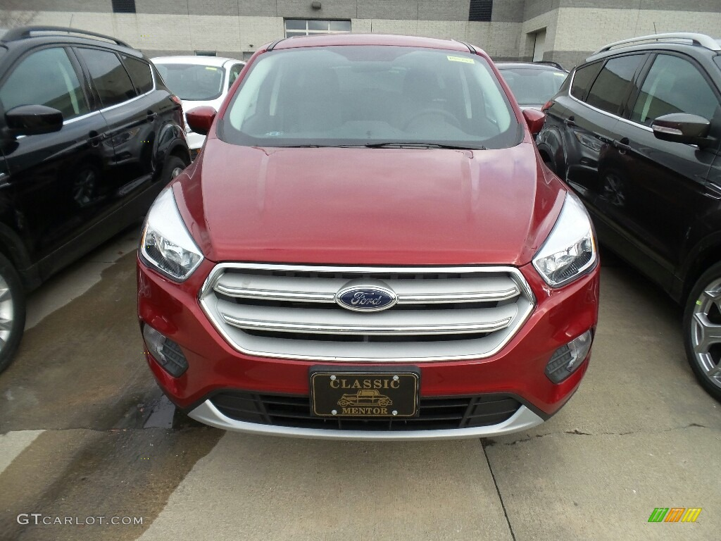 2019 Escape SE 4WD - Ruby Red / Chromite Gray/Charcoal Black photo #2