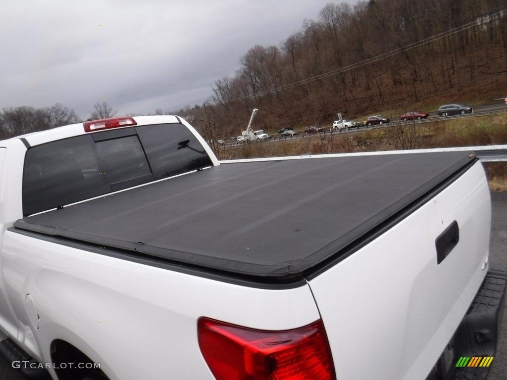 2011 Tundra SR5 Double Cab 4x4 - Super White / Graphite Gray photo #11