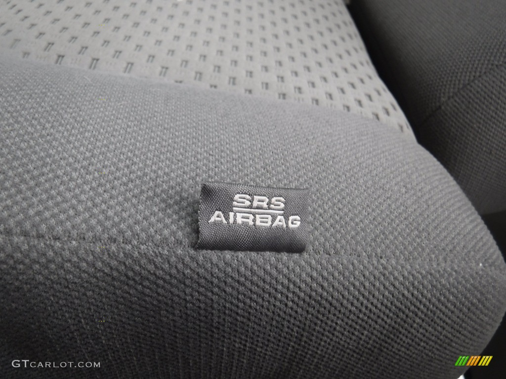 2011 Tundra SR5 Double Cab 4x4 - Super White / Graphite Gray photo #19