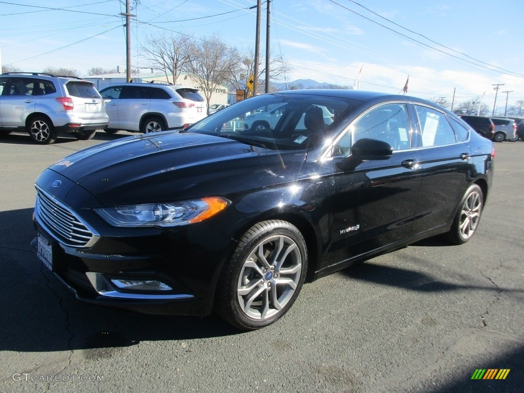 2017 Fusion Hybrid SE - Shadow Black / Ebony photo #3