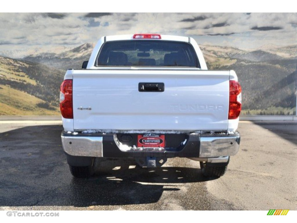 2014 Tundra Limited Crewmax 4x4 - Super White / Black photo #9