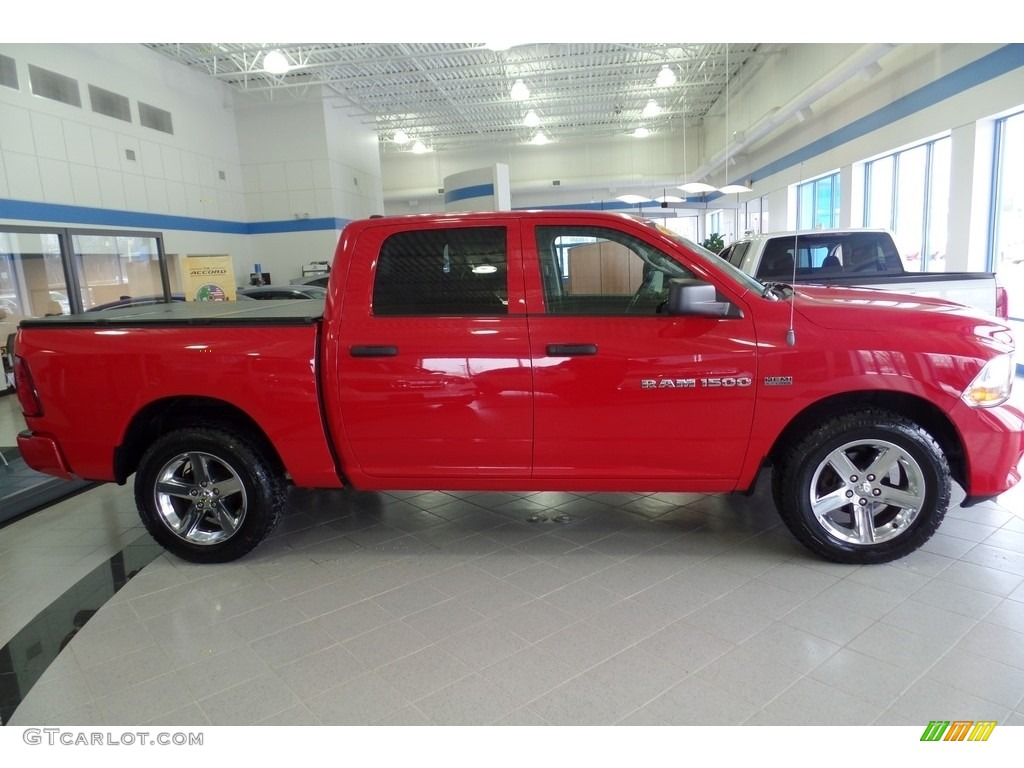 2012 Ram 1500 Express Crew Cab 4x4 - Flame Red / Dark Slate Gray/Medium Graystone photo #5