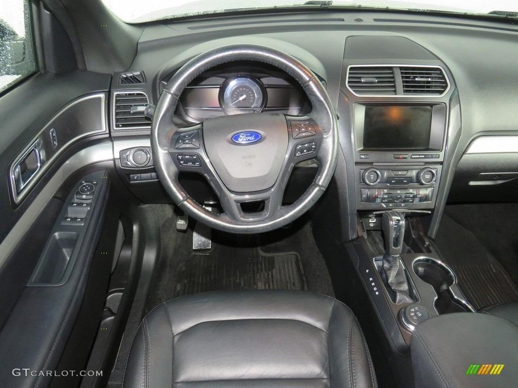 2016 Explorer XLT 4WD - Ingot Silver Metallic / Ebony Black photo #39