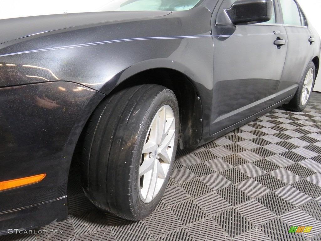 2010 Fusion SEL V6 - Tuxedo Black Metallic / Charcoal Black photo #11