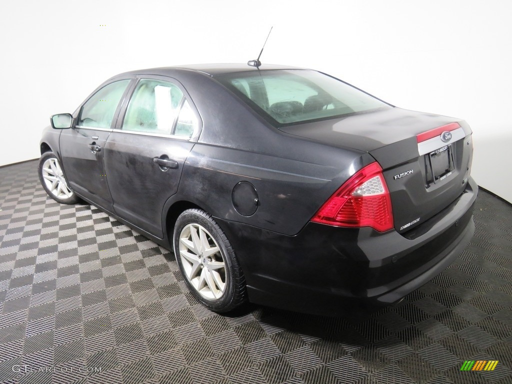 2010 Fusion SEL V6 - Tuxedo Black Metallic / Charcoal Black photo #13
