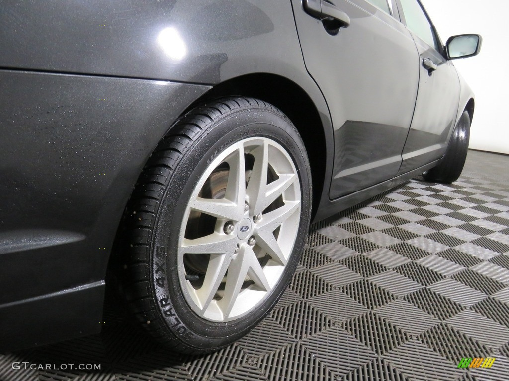 2010 Fusion SEL V6 - Tuxedo Black Metallic / Charcoal Black photo #20