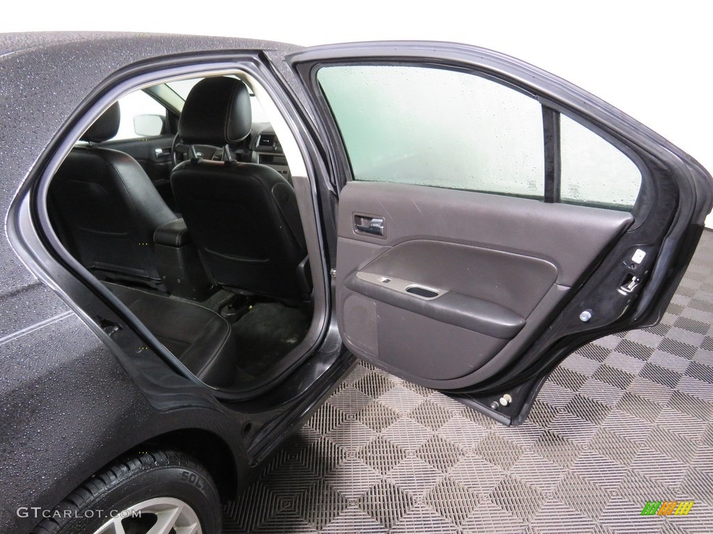 2010 Fusion SEL V6 - Tuxedo Black Metallic / Charcoal Black photo #38
