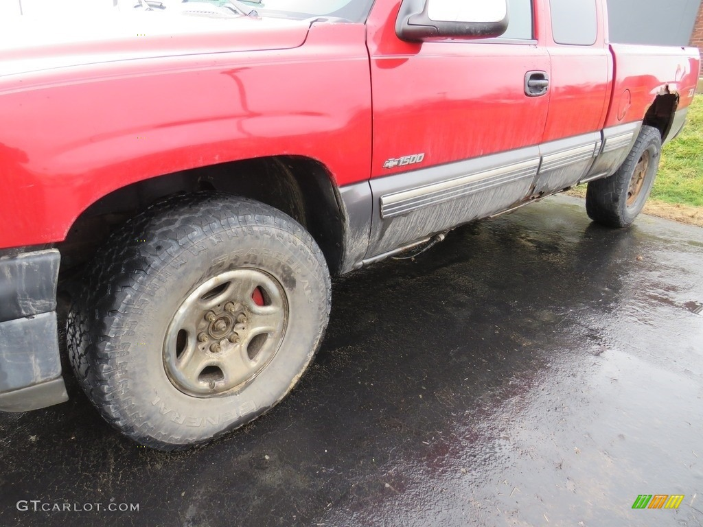 2000 Silverado 1500 LS Extended Cab 4x4 - Victory Red / Graphite photo #8