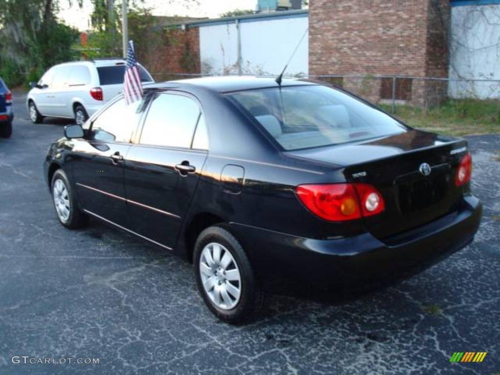 2004 toyota corolla le black