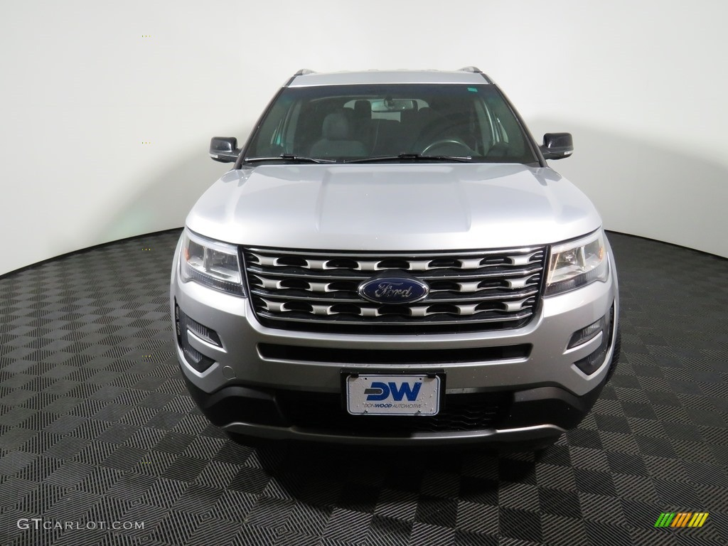 2016 Explorer XLT 4WD - Ingot Silver Metallic / Ebony Black photo #4