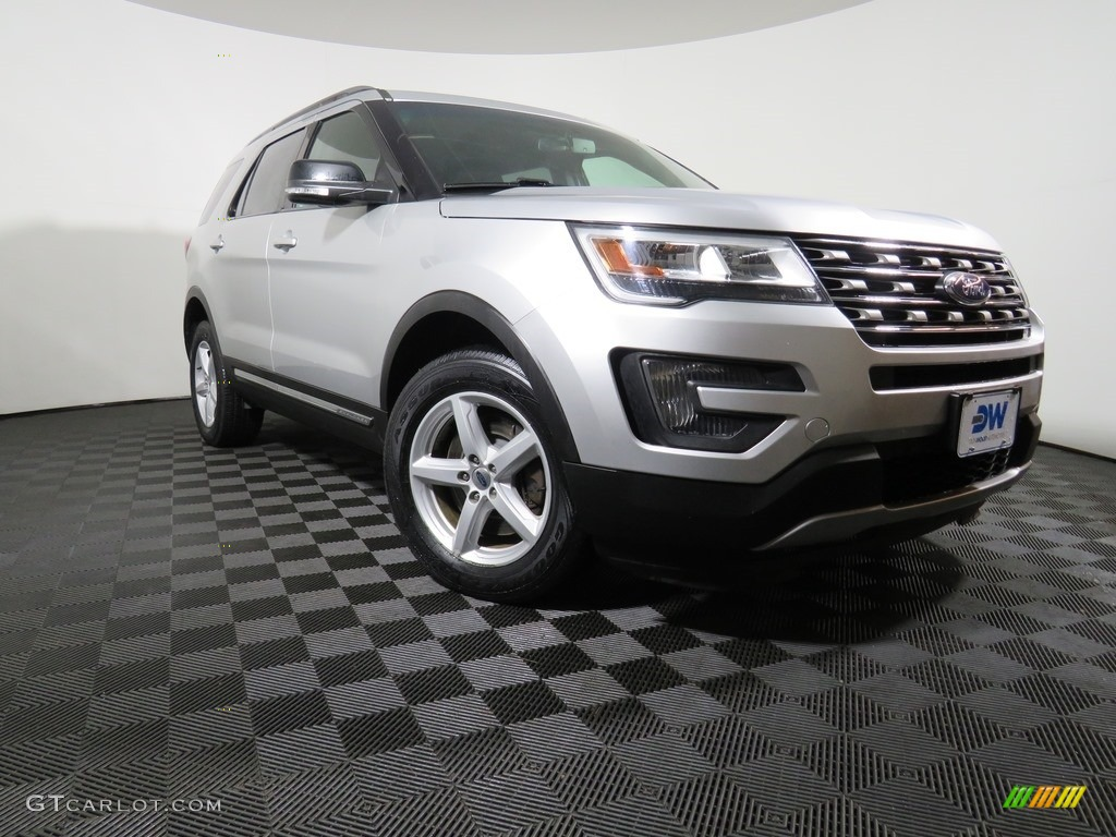 2016 Explorer XLT 4WD - Ingot Silver Metallic / Ebony Black photo #5