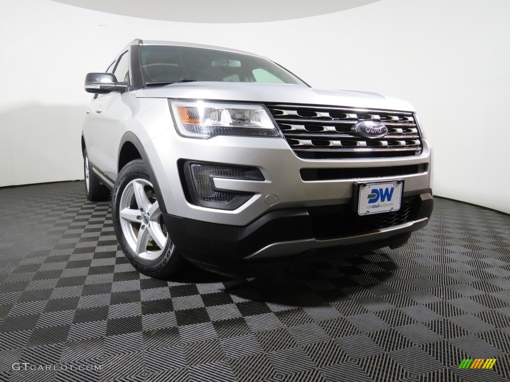2016 Explorer XLT 4WD - Ingot Silver Metallic / Ebony Black photo #6