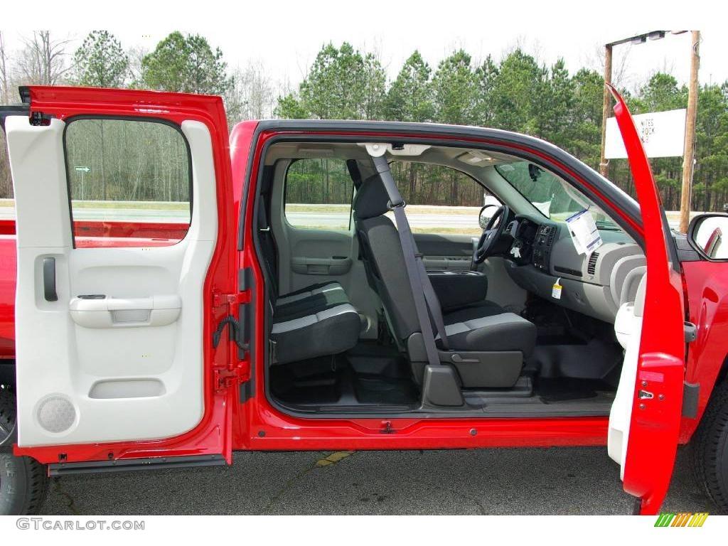 2009 Silverado 1500 Extended Cab 4x4 - Victory Red / Dark Titanium photo #17