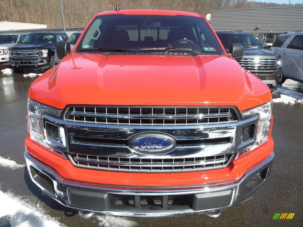 2019 F150 XLT SuperCab 4x4 - Race Red / Earth Gray photo #4
