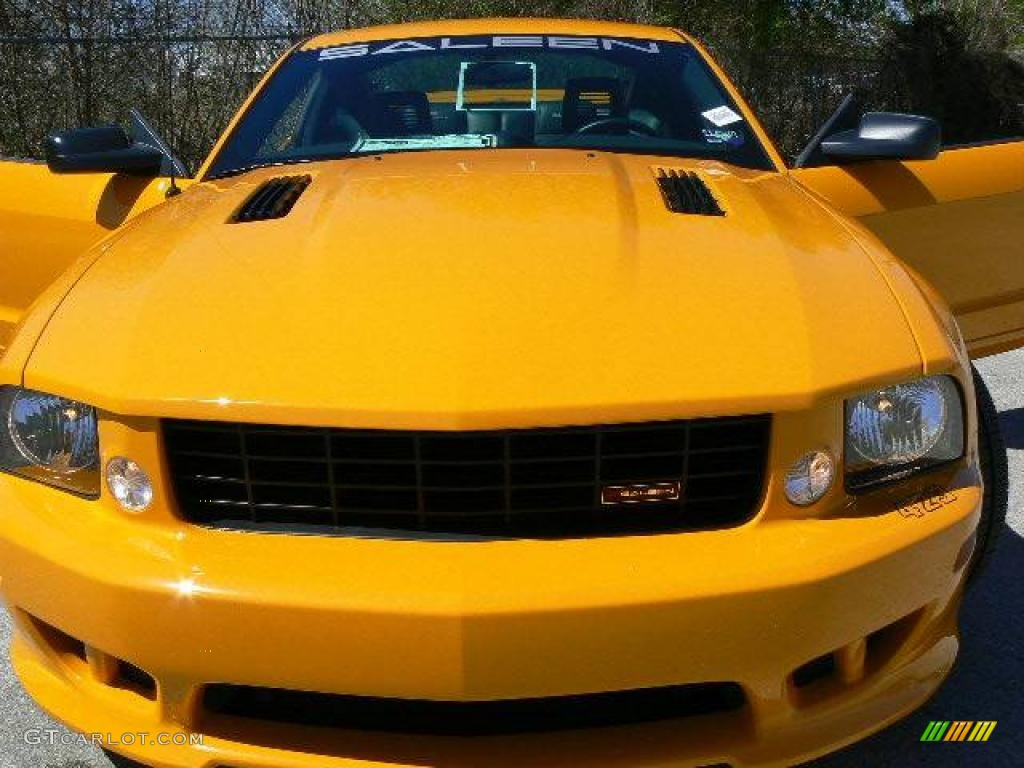 2007 Mustang Saleen S281 Supercharged Coupe - Grabber Orange / Black Leather photo #1