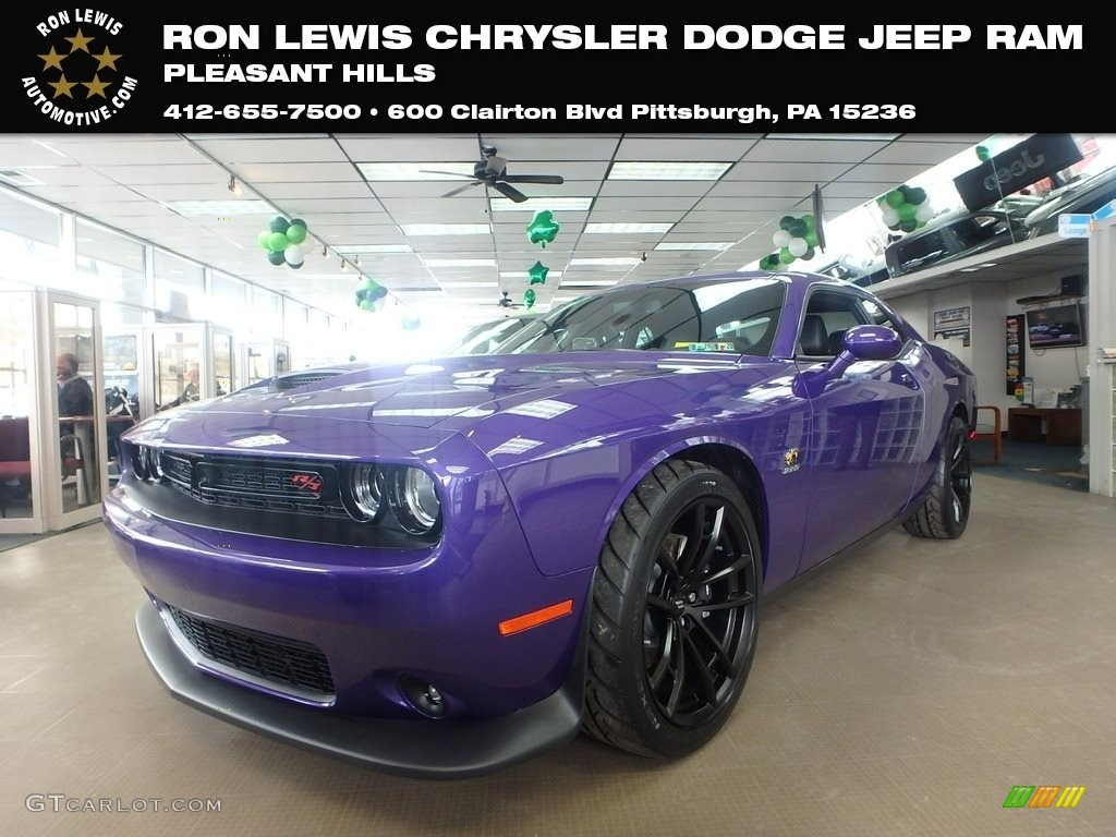 2019 Challenger R/T Scat Pack - Plum Crazy Pearl / Black photo #1