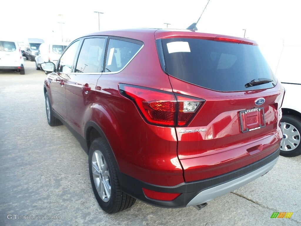 2019 Escape SE 4WD - Ruby Red / Chromite Gray/Charcoal Black photo #3