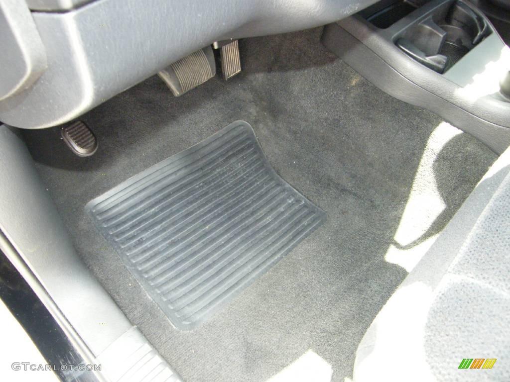 2004 Dakota SXT Club Cab 4x4 - Black / Dark Slate Gray photo #16