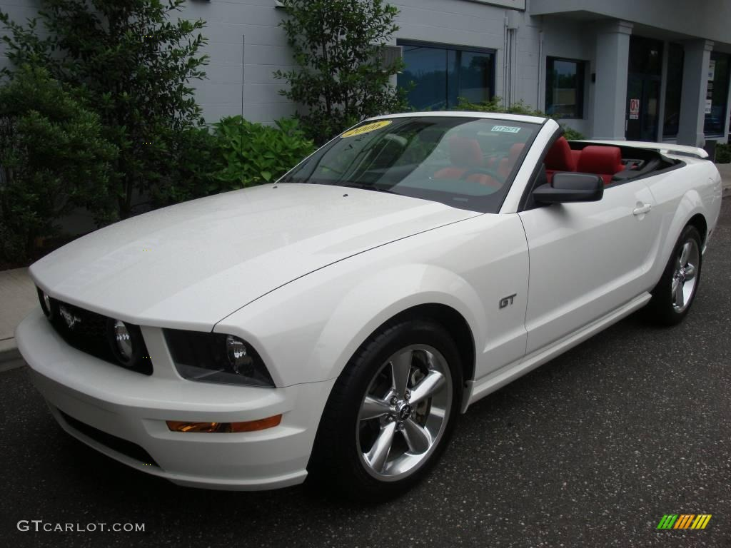 2006 Mustang GT Premium Convertible - Performance White / Red/Dark Charcoal photo #3