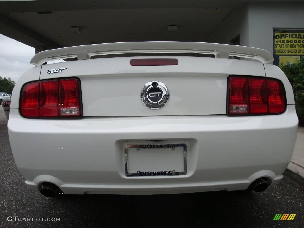 2006 Mustang GT Premium Convertible - Performance White / Red/Dark Charcoal photo #5