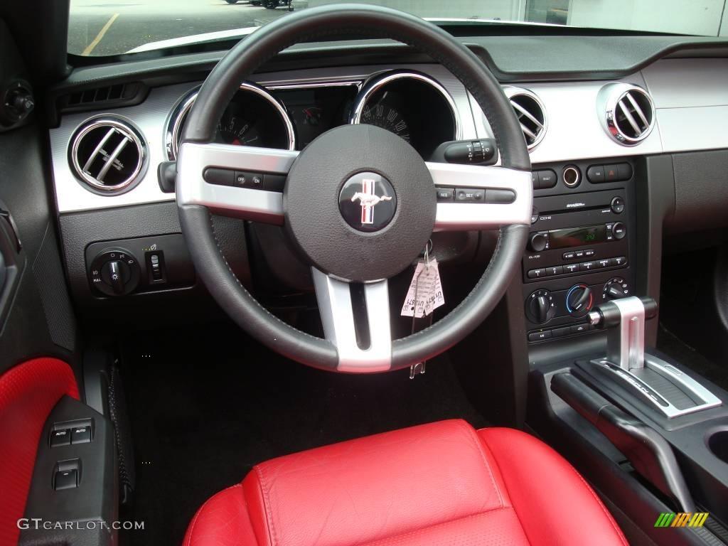 2006 Mustang GT Premium Convertible - Performance White / Red/Dark Charcoal photo #11