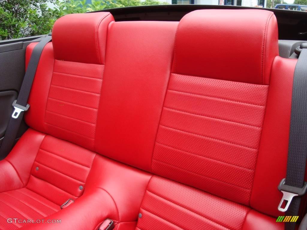 2006 Mustang GT Premium Convertible - Performance White / Red/Dark Charcoal photo #12