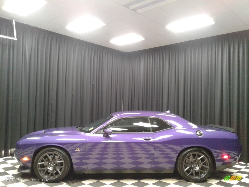 2018 Challenger R/T Scat Pack - Plum Crazy Pearl / Black photo #1