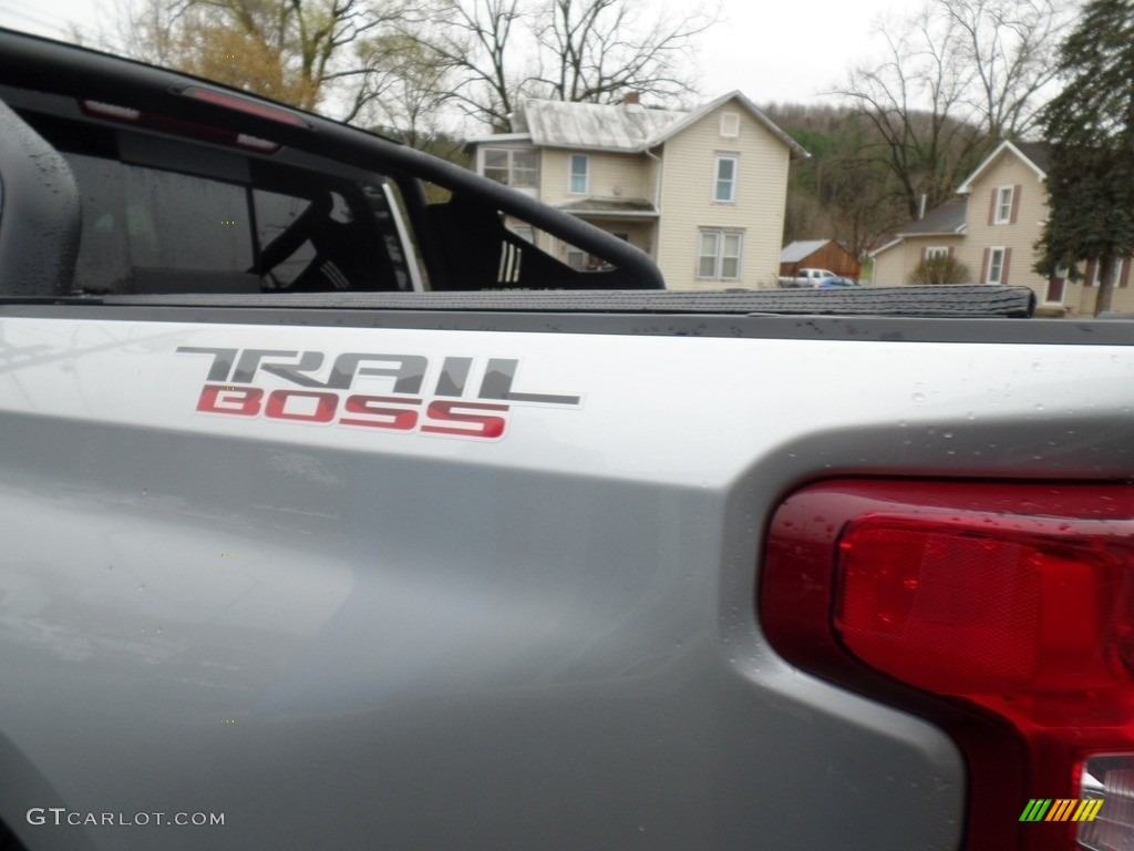 2019 Silverado 1500 LT Z71 Trail Boss Crew Cab 4WD - Silver Ice Metallic / Jet Black photo #18