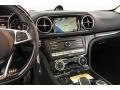 Controls of 2019 SL 550 Roadster
