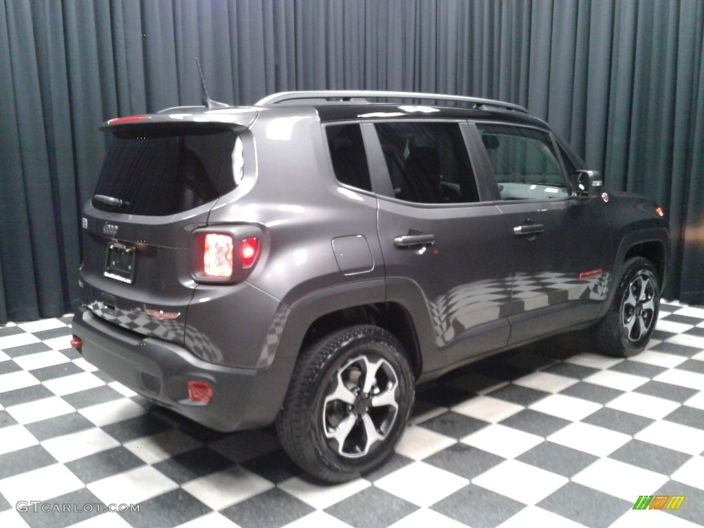 2019 Renegade Trailhawk 4x4 - Granite Crystal Metallic / Black photo #6