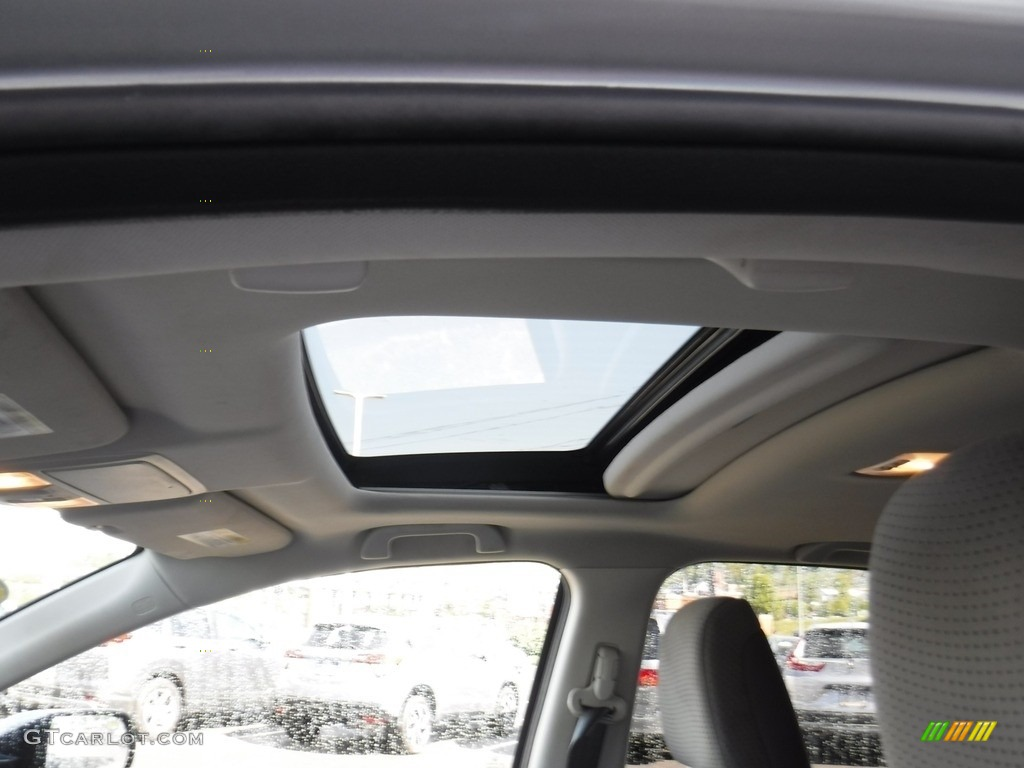 2012 CR-V EX 4WD - Alabaster Silver Metallic / Gray photo #11