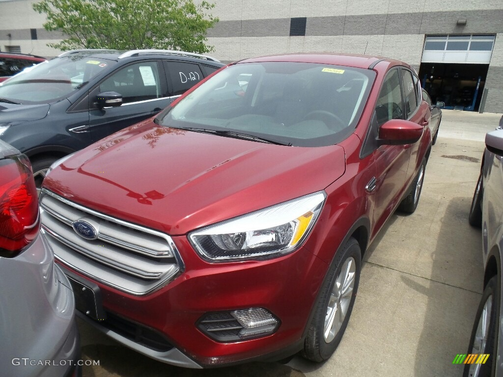 2019 Escape SE 4WD - Ruby Red / Chromite Gray/Charcoal Black photo #1